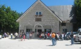 Capracotta, turisti increduli: chiuse le due attività ristorative a Prato Gentile