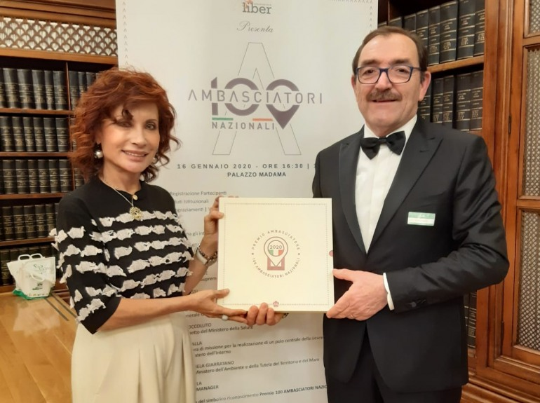 Tornareccio, apicoltura Luca Finocchio tra i 100 ambasciatori nazionali