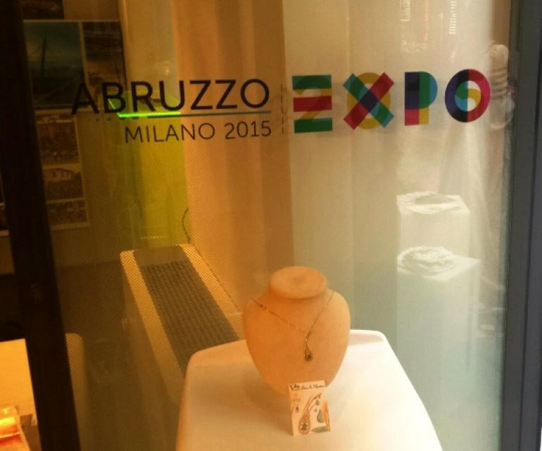 Milano, Annalisa Amorosi all'Expo con i gioielli della Majella