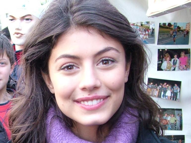 Alessandra Mastronardi, orgoglio di Agnone, madrina della 76^ mostra del cinema