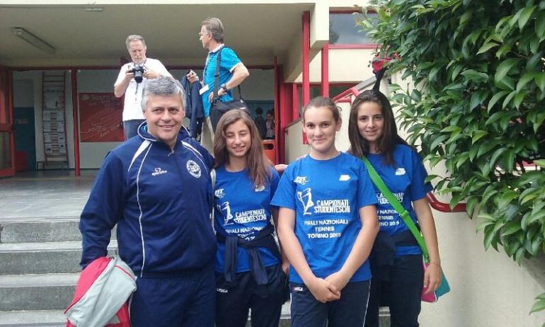 Tennis, campionati studenteschi – Tre alunne di Castel di Sangro a Torino per le finali nazionali