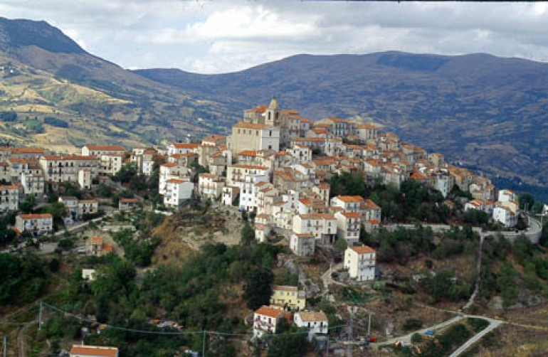 L'U.d.G. candida Belmone del Sannio a città delle streghe