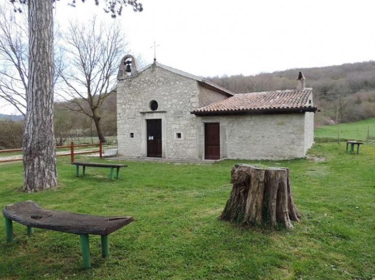Castel di Sangro, prima domenica in albis alla chiesetta di Santa Lucia: domani pomeriggio la diretta streaming