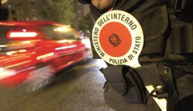 Ferragosto blindato in Altosangro: La Polstrada annuncia controlli serrati e l'uso dell'etilometro