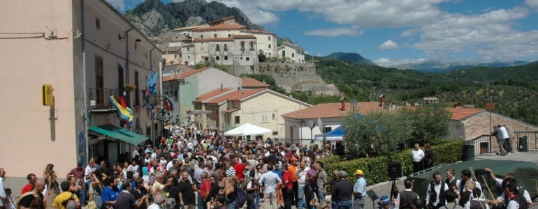 Scapoli, nuovo look e aggiornamenti sul portale del festival della zampogna