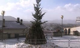 Altosangro, neve e ghiaccio non fermano i fuochi di Sant'Antonio Abate
