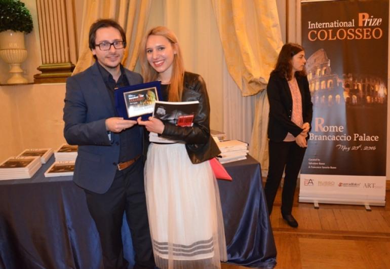 """'Premio Internazionale Colosseo', Giuliana Amorosi premiata per l'opera """"Dissonanze"""""""