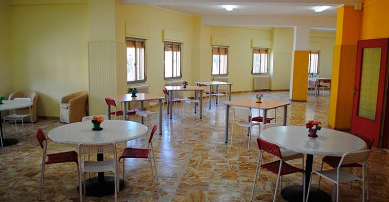 Castel di Sangro, Rsa: i dipendenti attaccano la politica