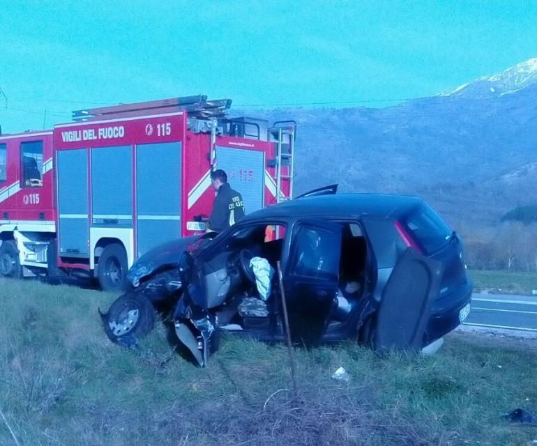 SR 83, incidente al bivio di Villa Scontrone