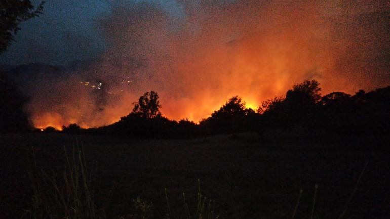 Incendio a Castel Di Sangro, non si arrestano i roghi in Alto Sangro