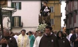 Sfilata di cavalli e zingari a Isernia per Sant'Antonio da Padova
