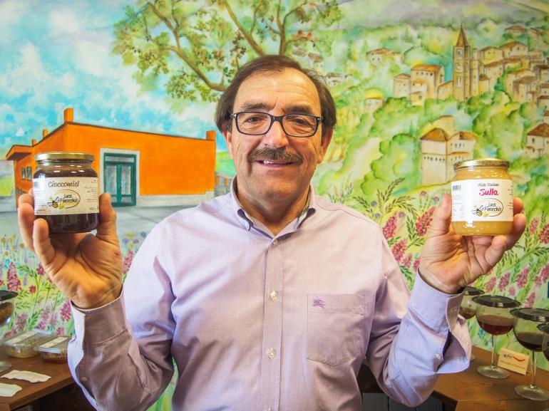 Tornareccio: a Luca Finocchio il 'Sofi award 2016', l'oscar internazionale del cibo