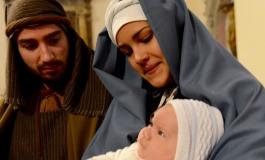 Rivisondoli - E' la roccolana Alessia del Castello la Madonnina del presepe vivente