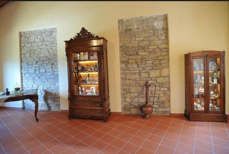 Tour tra le meraviglie molisane: visite al museo del profumo e al borgo della lettura