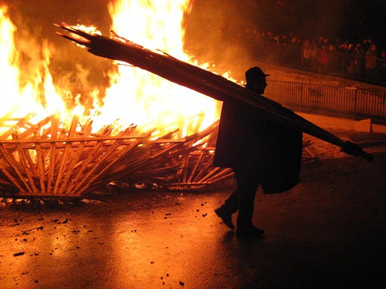 'Ndocciata 2017, si avvicina l'8 dicembre: il giorno del fuoco più grande al mondo