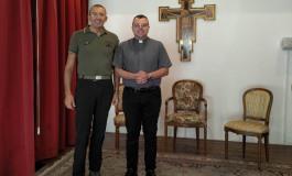 La Base Logistica ospita la riproduzione della Sacra Sindone, giovedì l'ostensione e la funzione religiosa