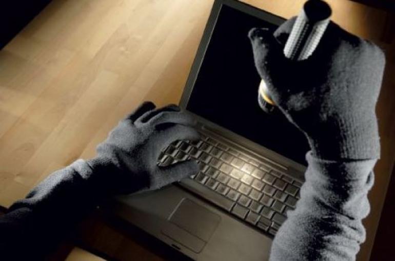 Alto Sangro, ladri a caccia di computer: furti nelle scuole del Parco
