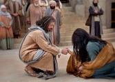 """Gesù e la peccatrice: """"Chi è senza peccato scagli la prima pietra"""""""