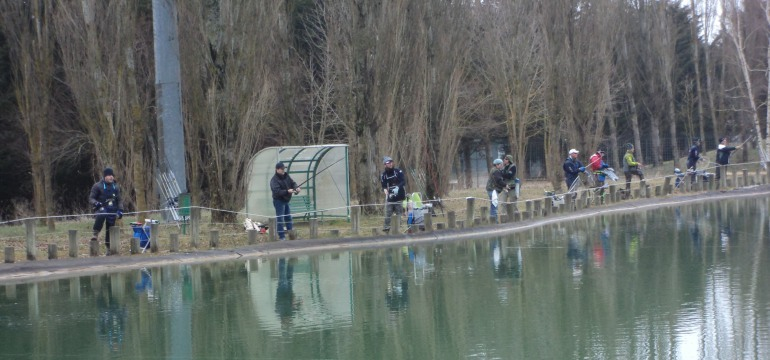 Pescasportiva – domenica la gara dei 'pierini' sul laghetto di Castel di Sangro