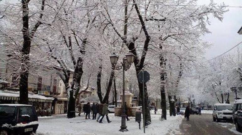"""Emergenza neve, scoppia la polemica: """"Pescasseroli è nel caos"""", acccusa il consigliere La Cesa"""