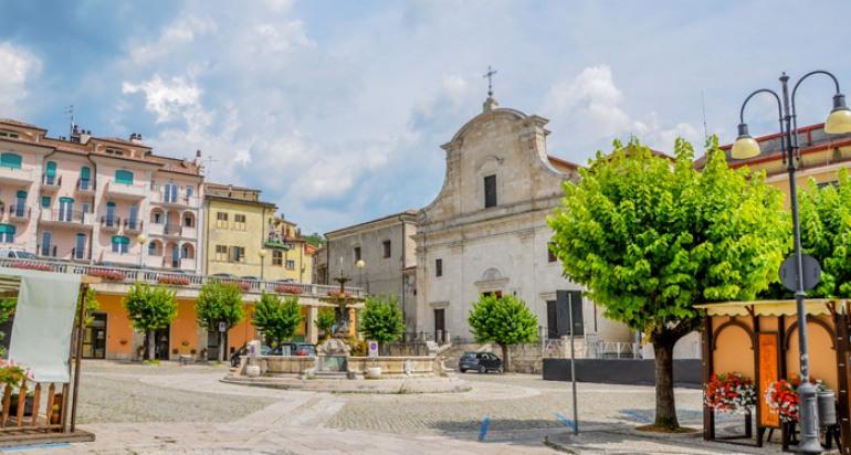 Tutti su internet a Castel di Sangro con il wifi gratuito