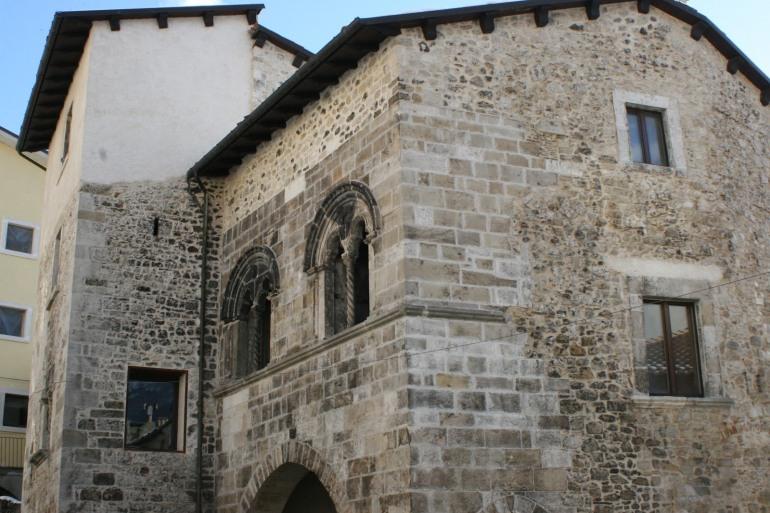 """Castel di Sangro, si inaugura la 7^ rassegna """"Idee per una collezione – nel segno della ricerca artistica"""""""