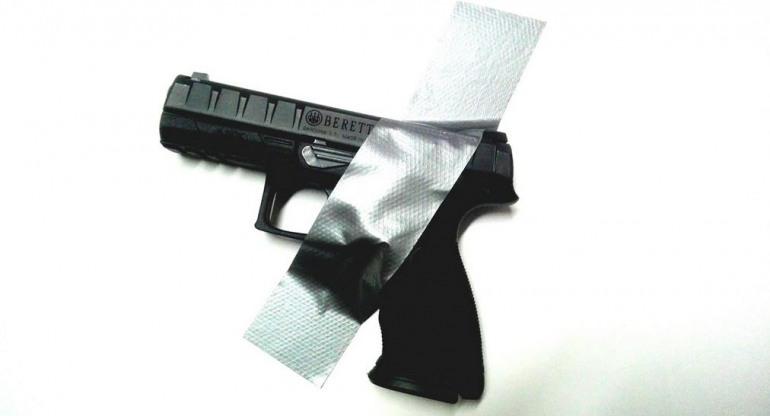 """""""Killer con le armi legali"""", il giornalista Bottone replica al servizio delle 'Iene'"""