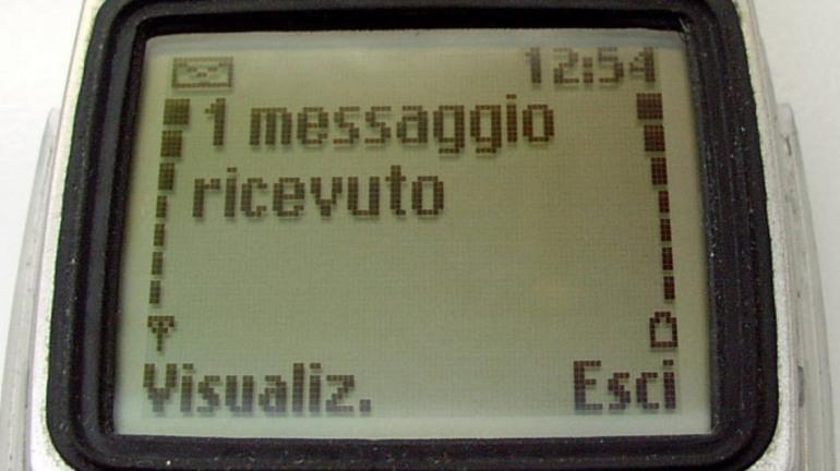 Prenotazione vaccino Abruzzo tramite SMS, Poste Italiane potenzia i canali