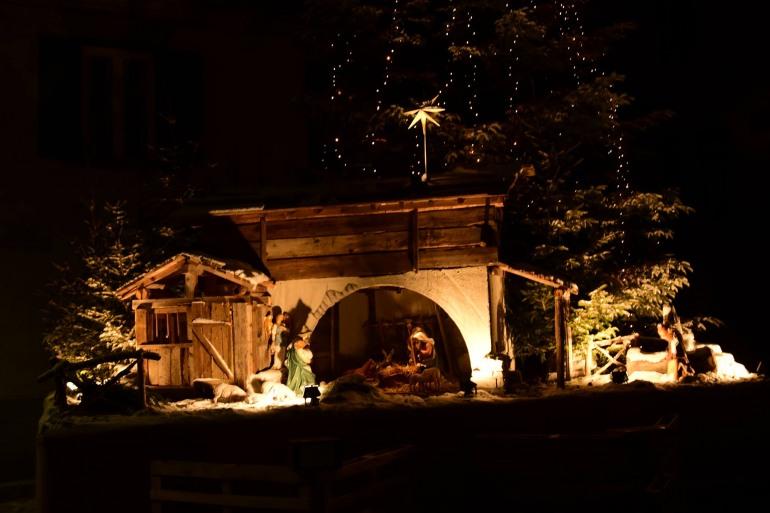Capracotta, inaugurato il presepe delle meraviglie in piazza Falconi