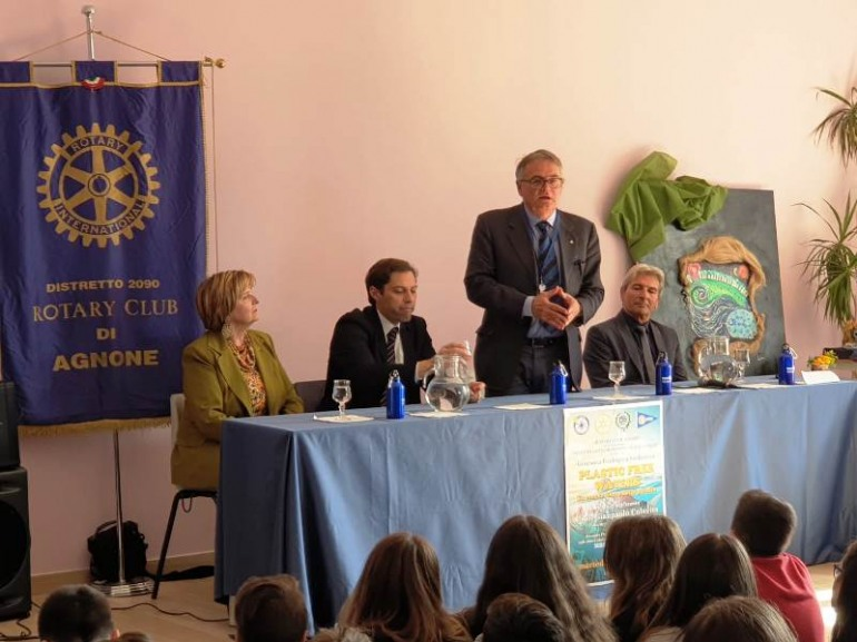 Successo del Rotary di Agnone per il Plastic free waters…