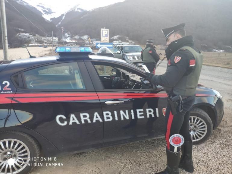 Spostamenti non giustificati, sanzione di 400 euro ciascuno dai Carabinieri in Alto Sangro