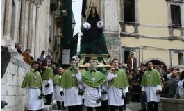La Madonna che scappa richiama migliaia di turisti