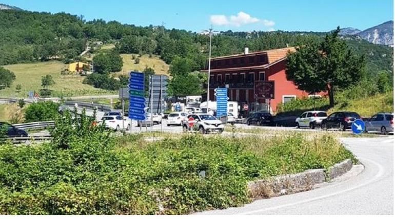 Traffico in tilt sulla SS 158: bloccata la viabilità verso l'Alto Sangro