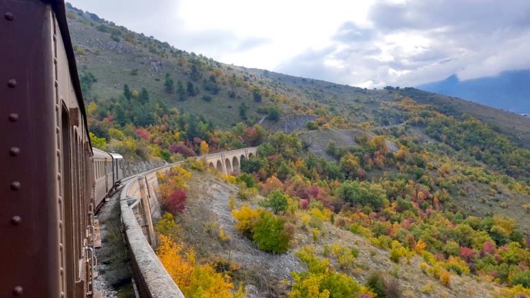 Treno Storico – Transiberiana d'Italia, tragitto alla scoperta del foliage autunnale