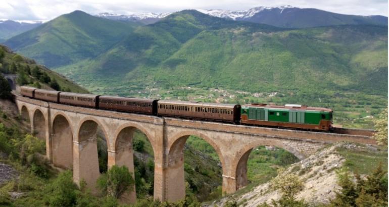 Ferrovia dei Parchi: le tappe della Transiberiana d'Italia, dal 19 giugno inizia il turismo ferroviario